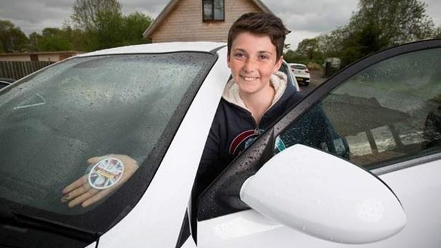 14 Yaşındaki Genç, Yenilikçi Fikriyle Kısa Sürede Milyoner Oldu!