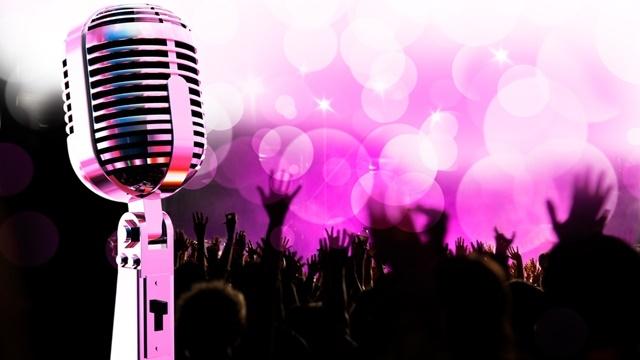 Mobil Telefonuzdan Parti Verin! İşte Android için En İyi Karaoke Uygulamaları