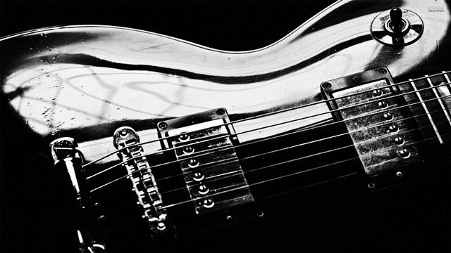 Elektro Gitar Çalanlar için Bilgisayar Programları