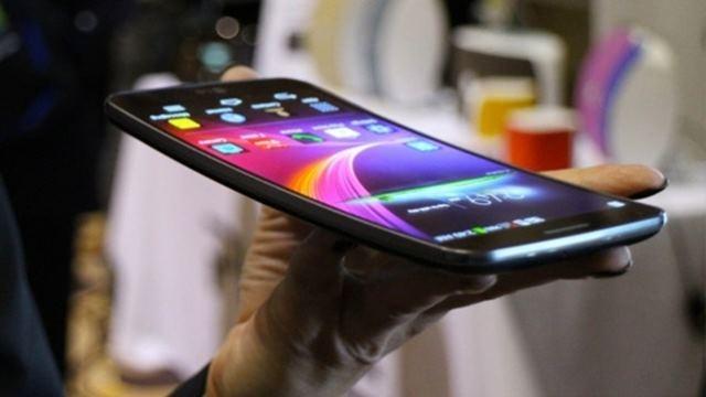 LG G Flex 2, CES 2015 Fuarında Tanıtılabilir