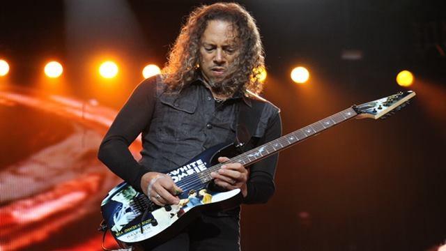 Metallica'nın Gitaristi Kirk Hammett, 250 Gitar Riff'i Sakladığı iPhone'unu Kaybetti