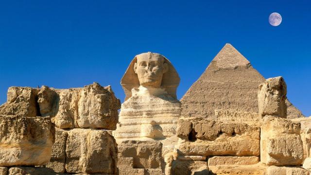 Google Street View Mısır Piramitlerinde Yolculuğa Davet Ediyor