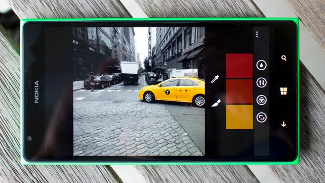 Lumia Creative Studio Güncellemesi Kırmızı Göz Düzeltme Seçeneğini Geri Getirdi