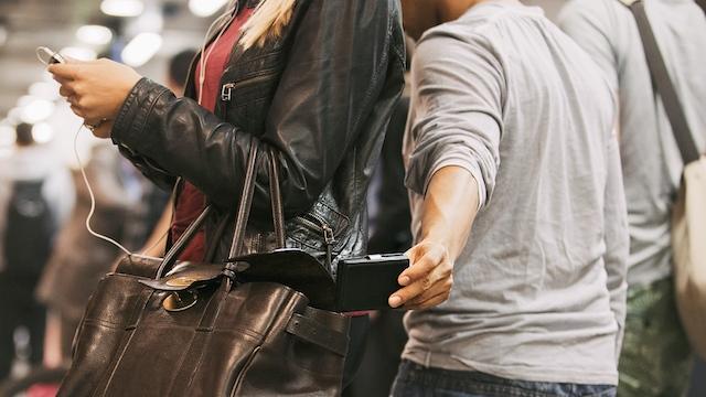 Windows Phone 8.1 Hırsızlığa Karşı Mutlak Koruma Kilidi Getirdi