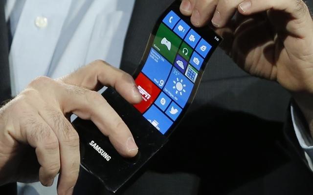 Samsung, Bükülebilir Telefonları İçin Yeni Çıkış Tarihi Verdi