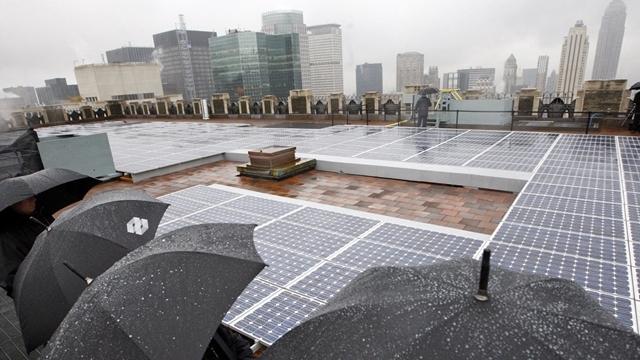 Güneş Panelleri Artık Yağmurda da Enerji Üretecek