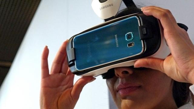 Samsung 360 Derece Su Altı Videosunu Yayınladı