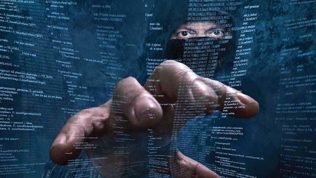 143 Milyon İnsanın Kimlik Bilgileri Tehlikede!