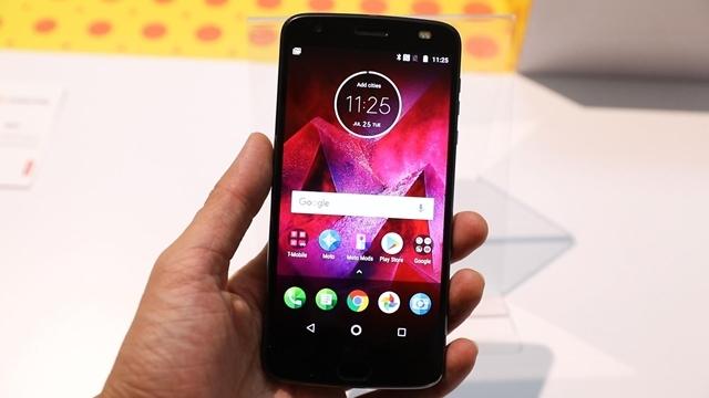 Moto Z2 Play Türkiye Fiyatı ve Çıkış Tarihi Belli Oldu