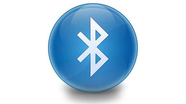 iPhone, Bluetooth ile Veri Aktarma İşine El Atıyor