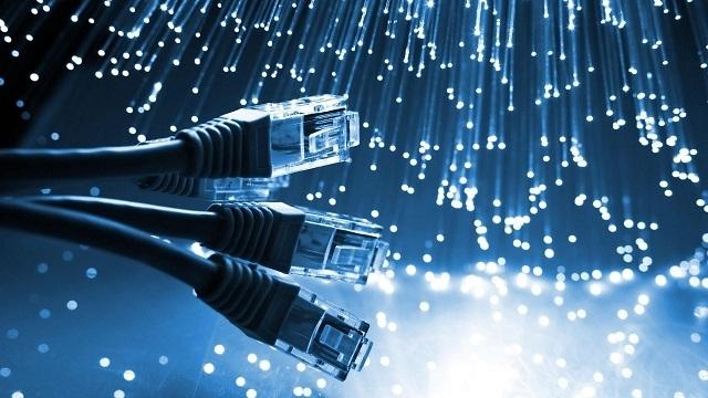 İzmir'de Bedava İnternet Dönemi Başlıyor