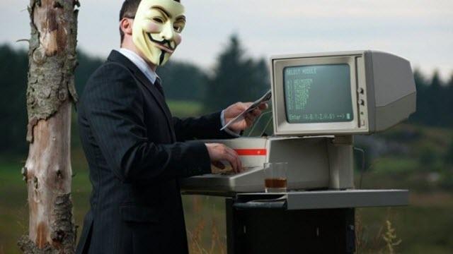 Anonymous IŞİD'i Bu Sefer Viagra Reklamıyla Trolledi!