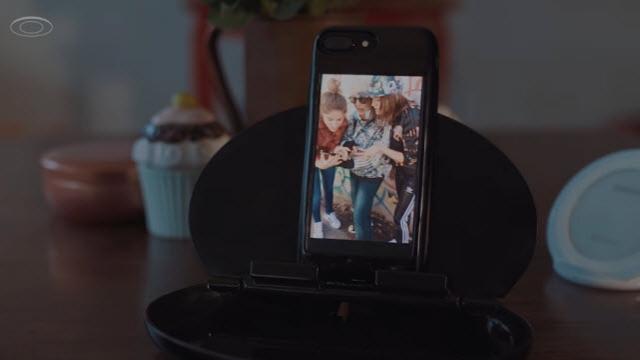 Bu Kılıf, iPhone'u Android Telefona Dönüştürüyor!