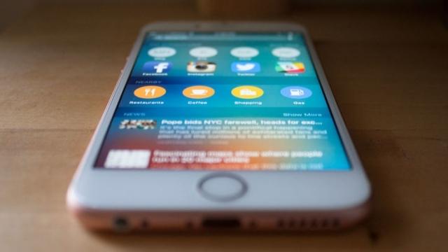 Çift Çekirdekli iPhone 6S'in Performansı 8 Çekirdekli Android Rakiplerini Ezdi Geçti!