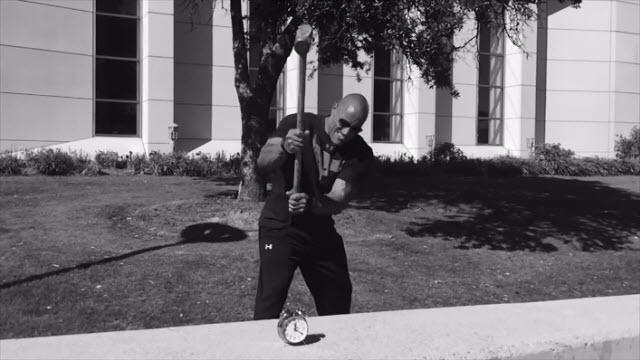 Dwayne ''The Rock'' Johnson'ın Alarm Uygulaması Yayınlandı!