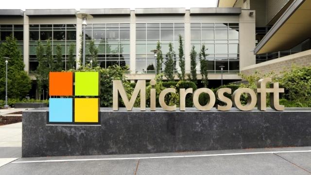 Microsoft, FBI Karşısında Ezeli Rakibi Apple'ın Yanında Yer Aldı