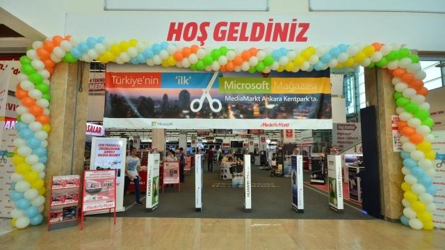 Microsoft Türkiye'deki İlk Mağazasını Açtı!
