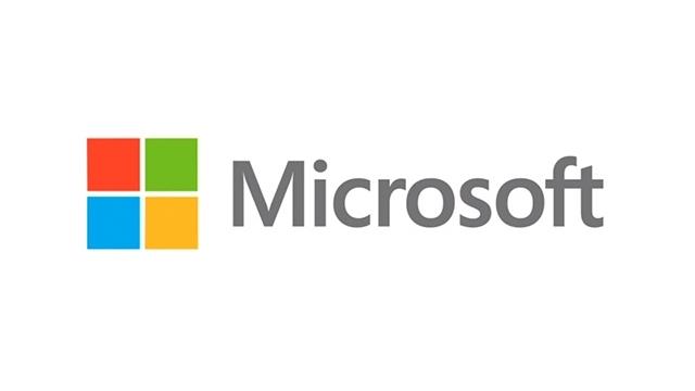 Microsoft Windows 8 ve Office 2013 Fiyatlarını Düşürmeyi Planlıyor