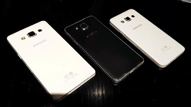 Samsung En İnce Telefonu Galaxy A7'yi Resmi Olarak Duyurdu