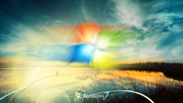 Tüm Zamanların En İyi İşletim Sistemi Windows 7'nin Bileği Bükülemiyor!