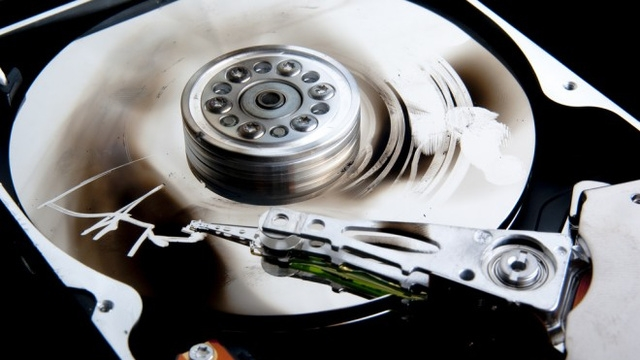 Helyum Dolu 6 TB Sabit Diskler Geliştiriliyor