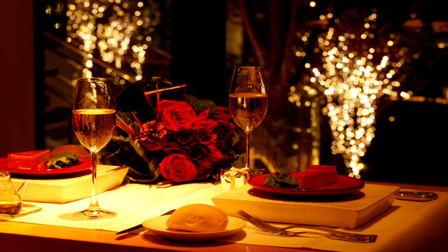 Romantik Bir Akşam Planlamak İçin 10 Android Uygulaması