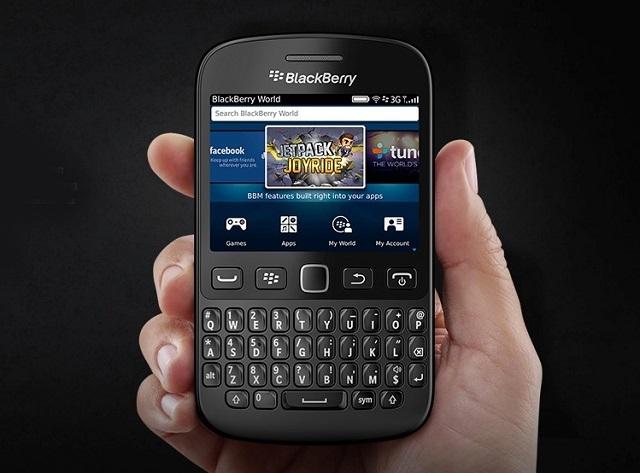 BlackBerry 9720 Resmen Tanıtıldı