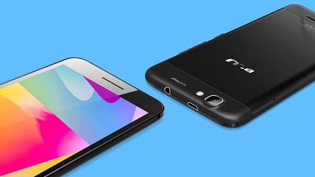 Dünyanın En İnce 5 inç Ekranlı Akıllı Telefonu Satışa Sunuldu