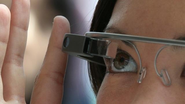 Google Glass Aksesuarları Göründü