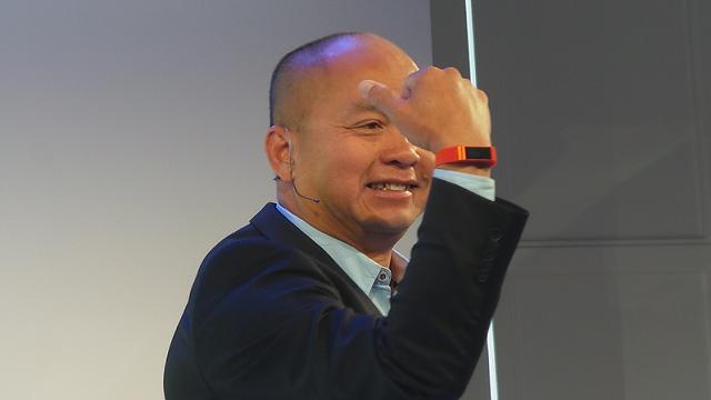 Acer Liquid Leap: Akıllı Saat ve Fitness Bilekliğini Birleştiren Tasarım