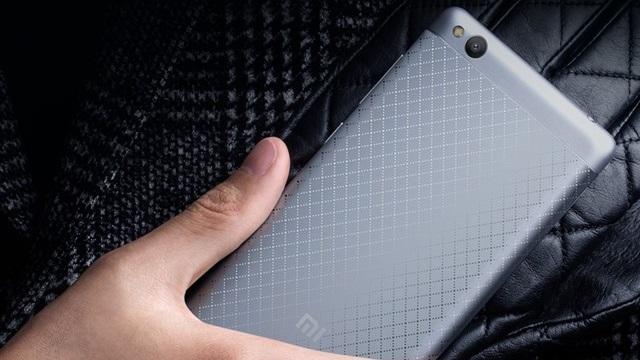 Xiaomi Redmi 3, 4100 mAh Batarya ile Geliyor