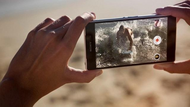 Sony, Yeni Amiral Gemisi Akıllı Telefonu Xperia Z2'yi Tanıttı
