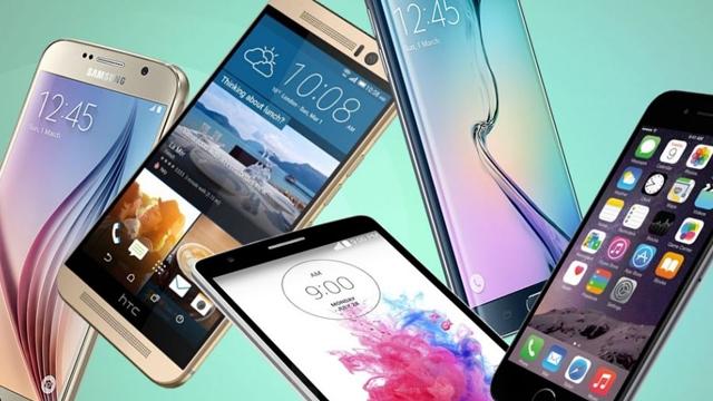 Telefon Pazarında 2015 Yılı Ekim Ayının En İyi 10 Telefonu ve En Çok Satan 2 Orta Sınıf Modeli