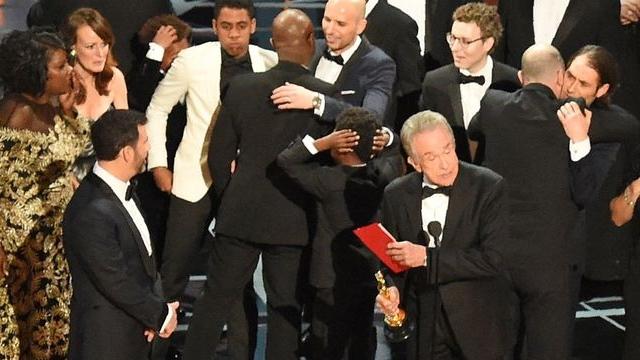 Oscar Ödülleri Skandal Yaşanarak Dağıtıldı Sosyal Medya Sallandı