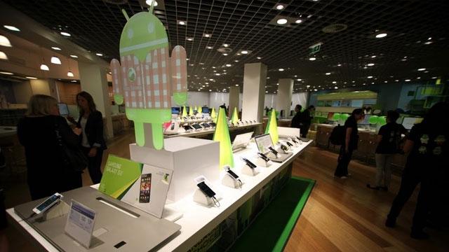 Android Telefonların Hükümdarlığı Tehlikeye Giriyor, Pazar Geriliyor