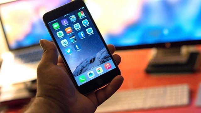 Apple Yeni iOS Güncellemelerini Beta Test İçin Halka Açıyor