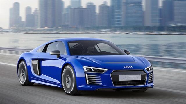 Audi R8 e-Tron Geliştirildi, Artık Kendi Kendine Gidebiliyor