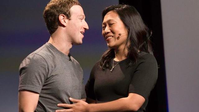 Dünyanın En Sosyal Babası Zuckerberg, İkinci Kız Çocuğunun Müjdesini Aldı