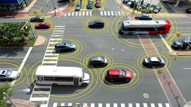 Bağlantılı Arabalar Yollara Çıkmaya Hazırlanıyor