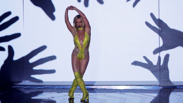 Hackerlar Sony Twitter Sayfasını Ele Geçirip Britney Spears'i Öldürdü