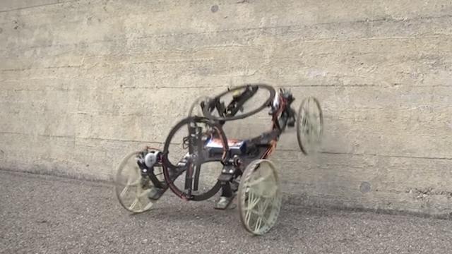 Disney, Düz Duvara Bile Tırmanabilen 4 Tekerlekli Bir Robot Geliştirdi