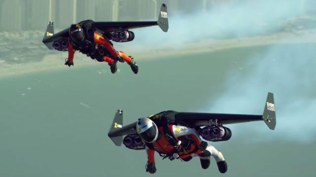 2 Çılgın Kaşif Dubai Üzerinden JetPack ile Uçtu: 4K Kalitesinde İzleyin