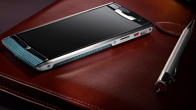 En Güçlü ve En Pahalı Telefon Vertu Signature Touch Piyasaya Çıkıyor