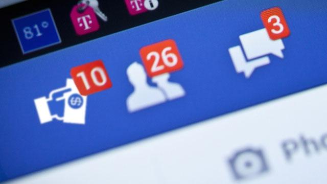 Facebook Arkadaşlarınız Size Borç Vermek İçin Kredi Geçmişinizi Sorgulayabilecek