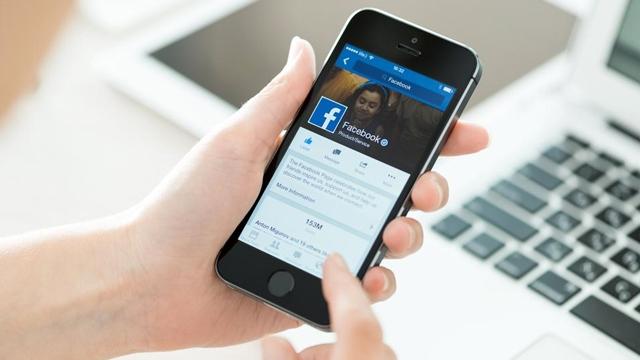 Facebook'un Yeni Çeviri Servisi Tüm Kullanıcılara Açıldı