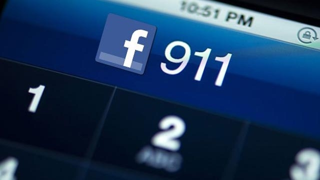 Facebook'un Patronu 911 Acil Servisini İnternete Taşımaya Hazırlanıyor