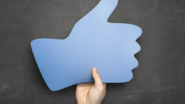 Facebook Şimdi de LinkedIn Gibi Kariyer Fırsatları Sunacak