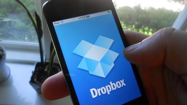 Artık Facebook Messenger Üzerinden Dropbox Dosyaları da Paylaşılabiliyor