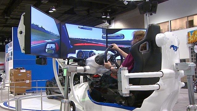 Ford'un CES 2015 Yarış Arabası Simülatörü Çok Konuşulacak