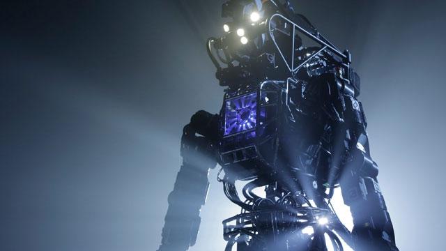 Google'ın ATLAS Robot'u Doğada Yürüyüşe Çıktı, İzleyin